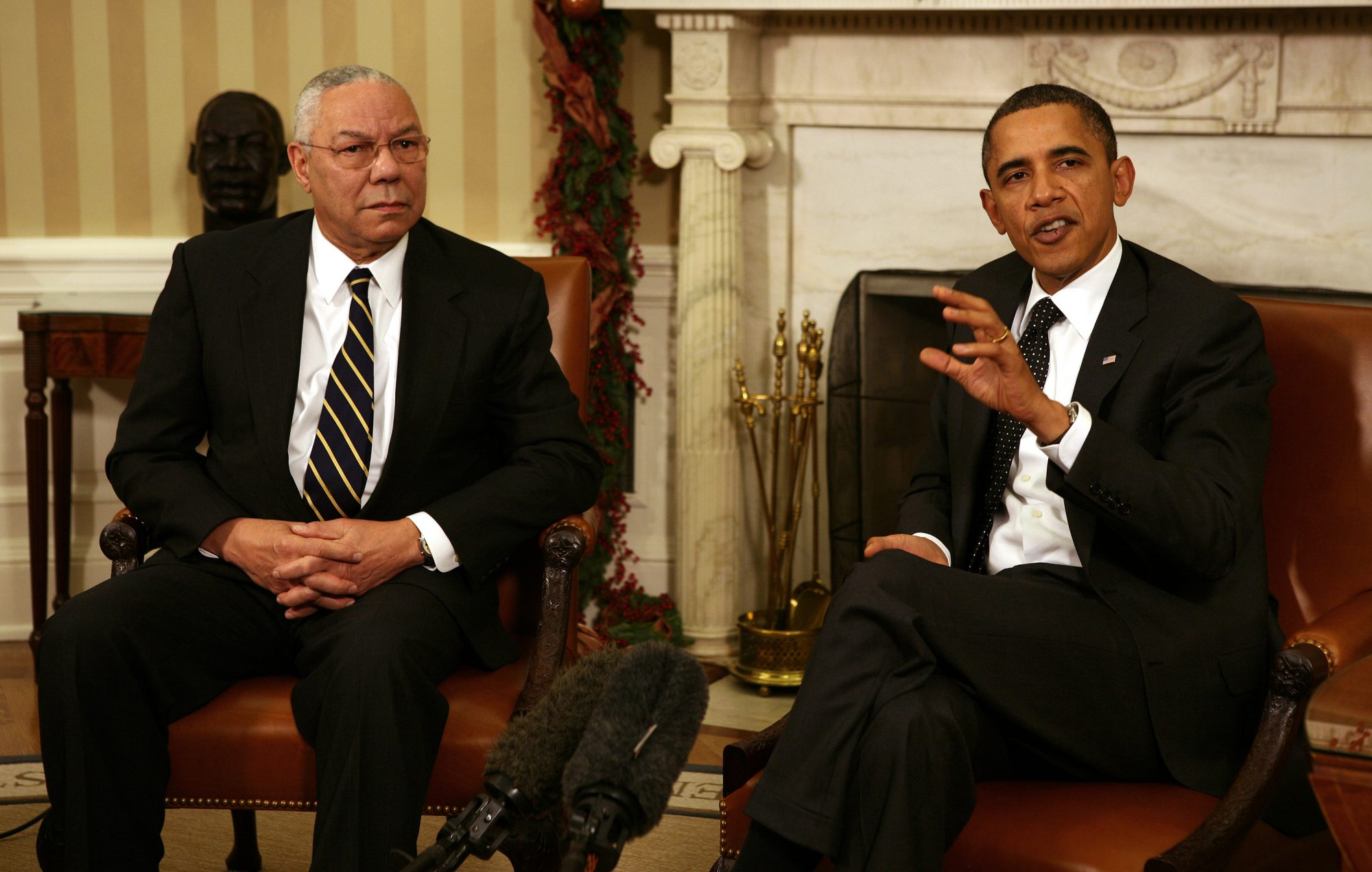 Barack Obama and General Colin Powell