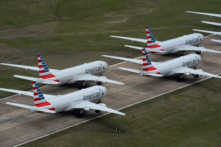 American And Southwest Airlines Continue With Vaccine Mandate Despite Order From Texas Governor Greg Abbott